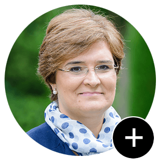 Prof. Julia Prats   IESE Business School
