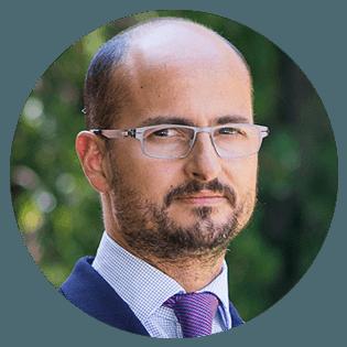 Prof. Carlos Rodríguez-Lluesma   IESE Business School